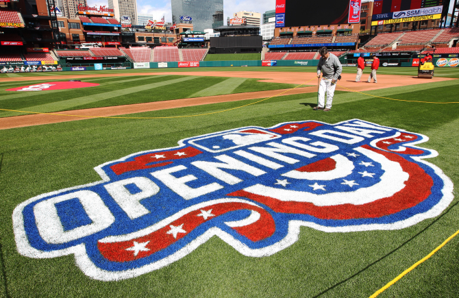 Busch Stadium gets ready for opening day